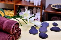 Therapeutic Hands – Massage & Bodywork